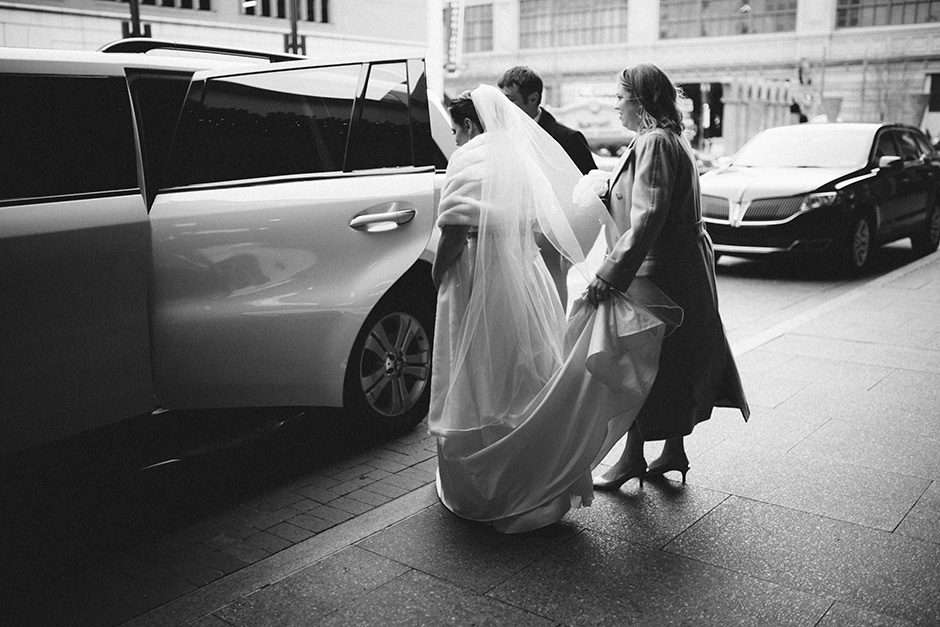 Cira Center wedding by Peach Plum Pear Photo_009
