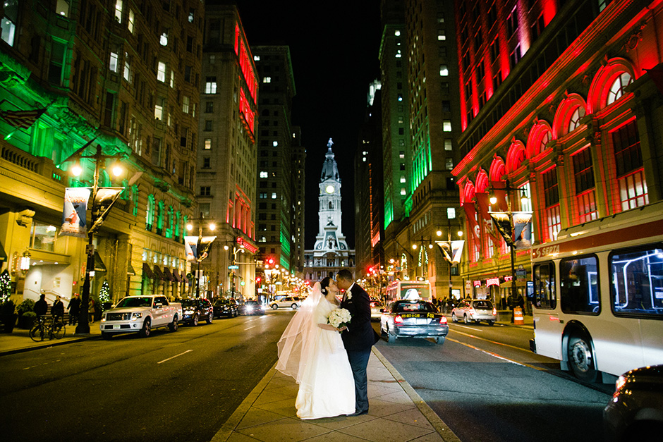 Cira Center wedding by Peach Plum Pear Photo_016