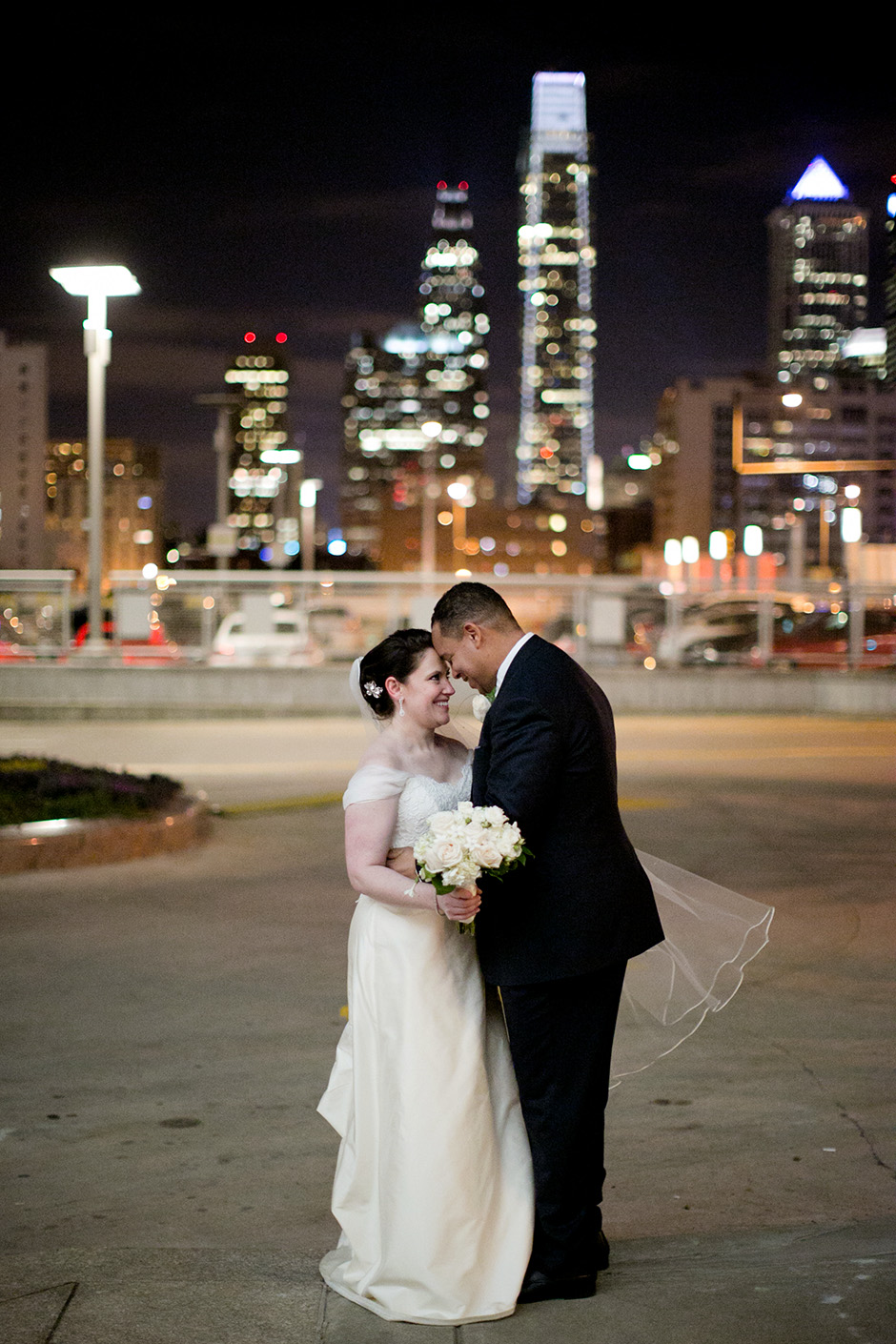 Cira Center wedding by Peach Plum Pear Photo_036