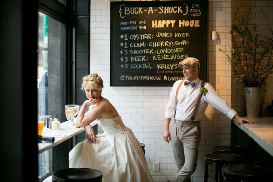 Philadelphia stylish rainy day elopement :: Katrinka and Taylor