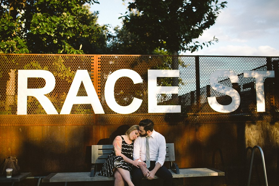 Old City and Race St. Pier engagement :: Erica and Dan :: October 5, 2014