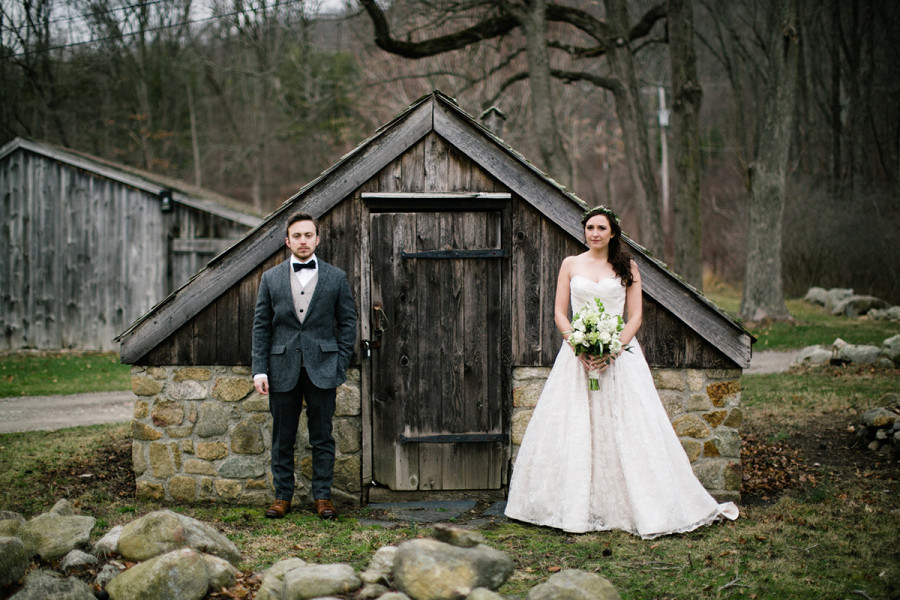Waterloo Village winter wedding :: Riley and Stephen