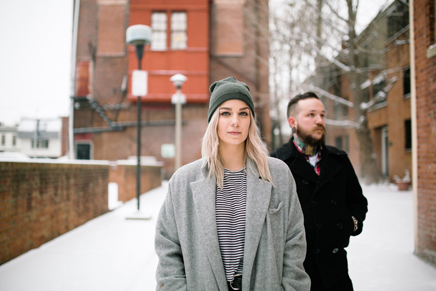 Intimate snowy South Philly engagement :: Kelly and Justin