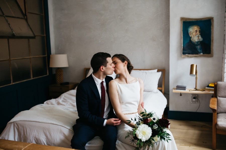 Modern stylish Power Plant Productions wedding :: Annie and Alan