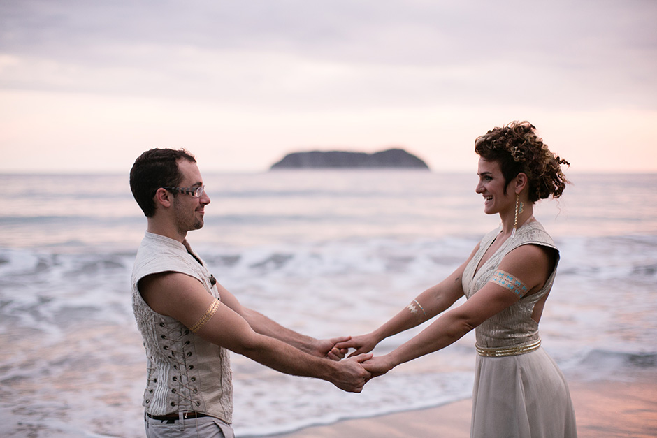 Jacqui and Peter_Costa Rica_by Peach Plum Pear Photo_016