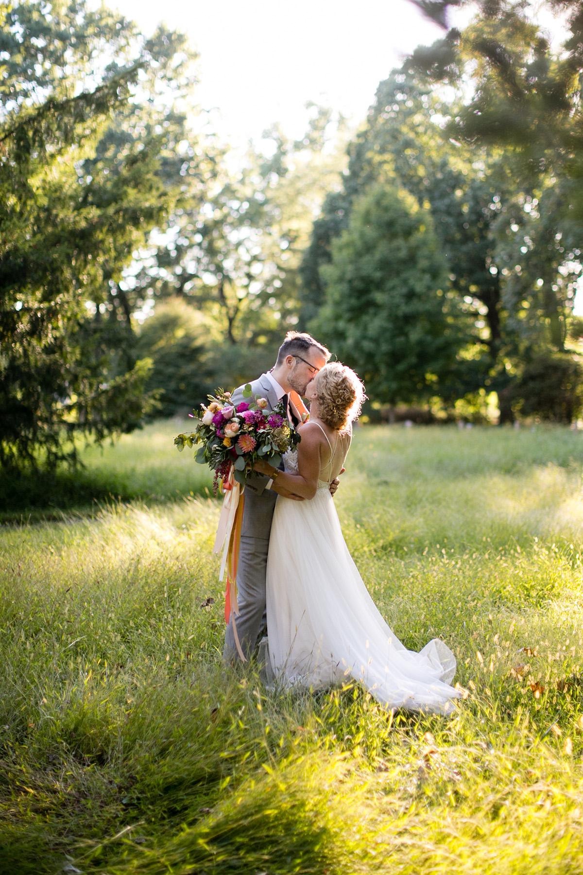 awbury-arboretum-wedding_027