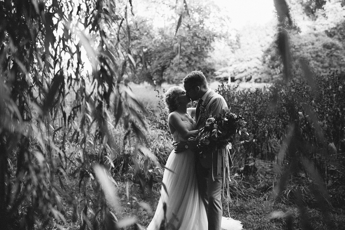 awbury-arboretum-wedding_040